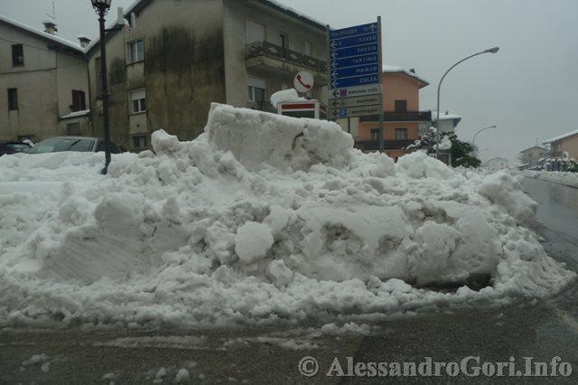 140131 nevicata in Carnia P1280174